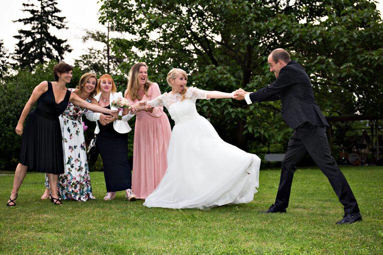 Hochzeitsfoto Graz Fotostudio Graz Foto Graz Spaß Brautpaarfotos Graz